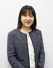 国立法人大学 弘前大学教育担当理事・副学長 郡(こおり)千寿子